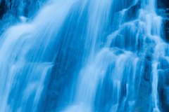 Waterfall-Moving-Image